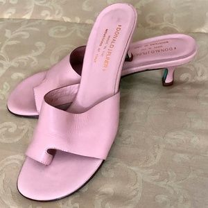Donald  J Pliner Pink Nappa leather heels size 8